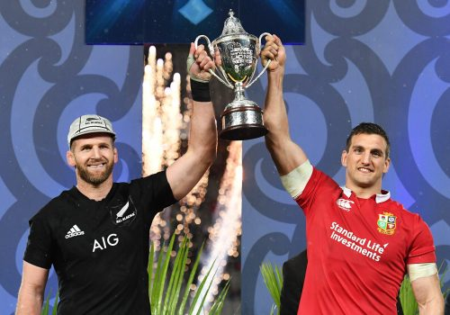 British & Irish Lions Tour To New Zealand 2017 3rd Test, Eden Park, Auckland, New Zealand 8/7/2017 New Zealand All Blacks vs British & Irish Lions All Blacks' captain Kieran Read and Lions' captain Sam Warburton lift the DHL NZ cup after the series finished a draw Mandatory Credit ©INPHO/Photosport/Andrew Cornaga